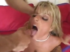 Pounding milf Kristal Summers in her cunt