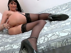 Gorgeous milf named Eva Karera sucks Mark Woods schlong and receives pleasure