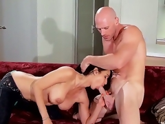 Pornstars Isis Love and Johnny Sins are willing for an astounding and crazy scene
