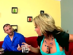 Nikki and Mark are old work friends. When Marks wife has snubbed him for sex for the last time, he spends an evening with Nikki venting his frustrations.