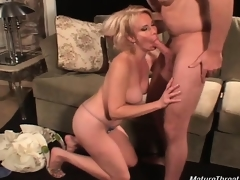 Very hot and sexy golden-haired slut for her age gives great