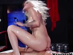 Stevie Shae fucking a built masseur
