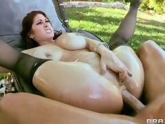 brunette hardcore milf blowjob