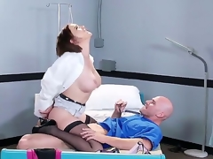 Horny fellow Johnny Sins oves feeling hottie Krissy Lynn deep down her wet pussy