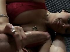 milf handjob blowjob deepthroat