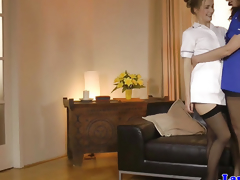 Mature in nylons being pussylicked
