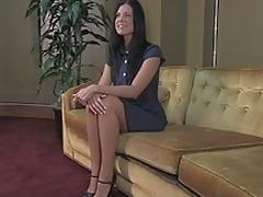 brunette sjarmerende milf kjole