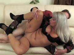 milf blanc mature blonde