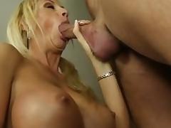 MILF Sex Blondine Brüste