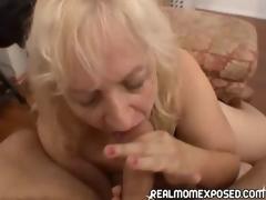 amatør sædsprut moden blonde