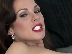 Long legged, tattooed, and dark-haired Kirsten Price is about to acquire on livecam to acquire all nasty with her toys and fingers, as that babe masturbates for you!