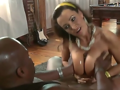 We all know that busty MILF Lisa Ann is a cheeky one but It looks like even that babe is not brave sufficiently to take this giant black shaft in her pussy. See her get away with a titjob!