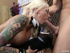 milf blonde blowjob massasje