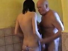 Brünette Dusche Hahn Mund