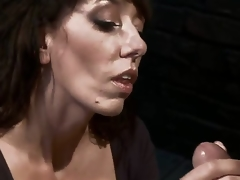 amatør milf blowjob deepthroat