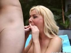 milf moden blonde store pupper