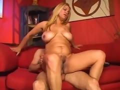 puling moden rype curvy